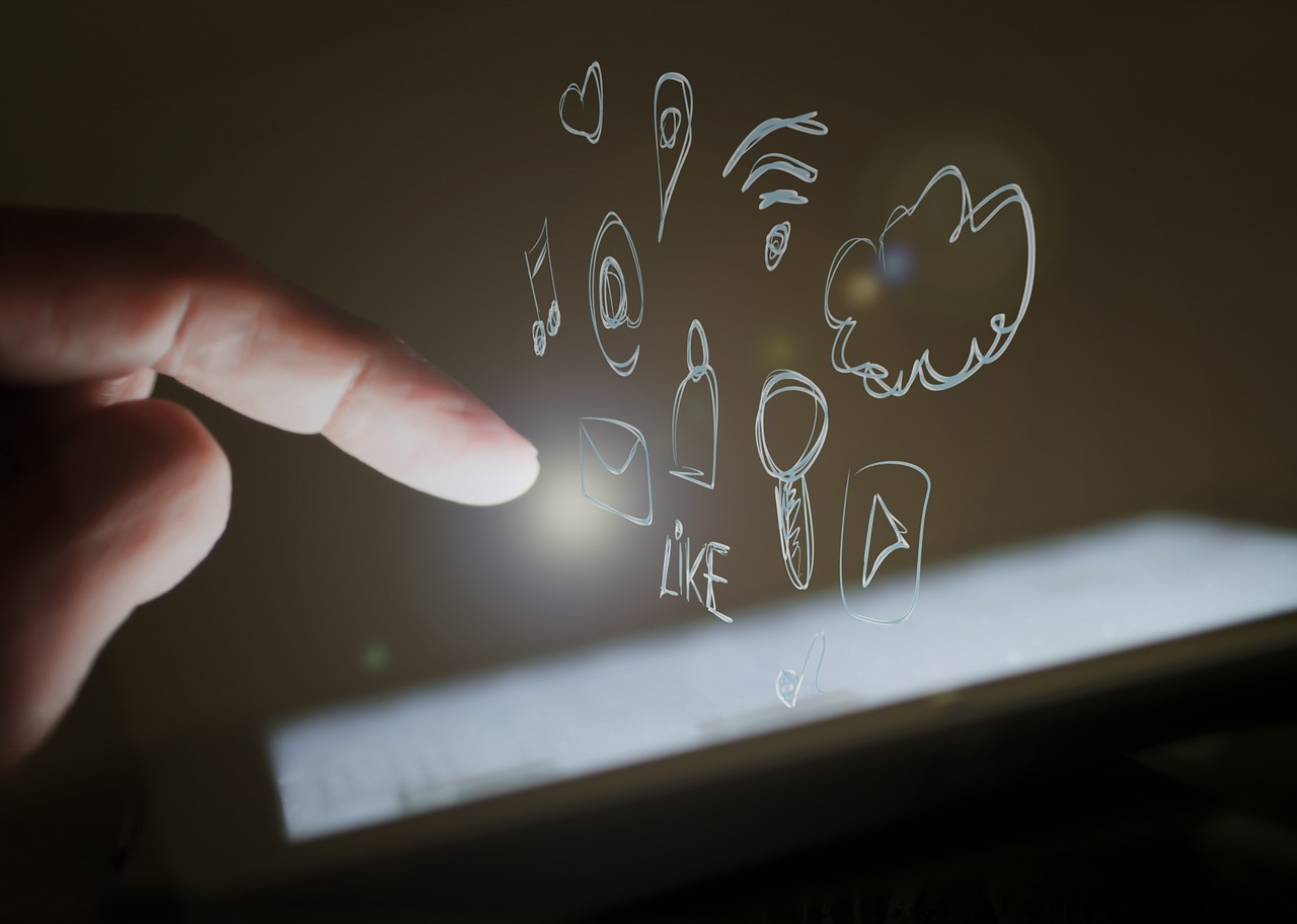 influencers marketing wordofmice meetings campaigns MICE industry